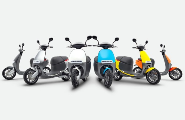 Gogoro-Coup-Berlin-Electric-Scooter-Sharing-6-889x577