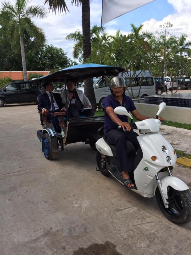 Malaysia Electric Scooter Eclimo tuk tuk in Siem Reap Cambodia.jpg